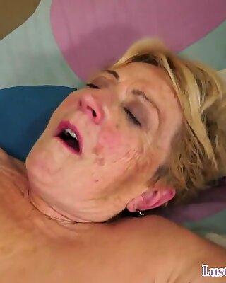 Пухлые бабуля быстро Трах на спине