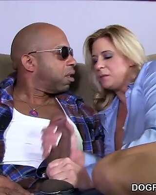 Busty Mom Phyllisha Anne shares Black Cock With Haley Sweet