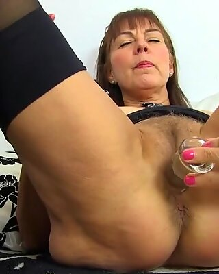 Sexy grandma needs cock in bootie cooch and facehole