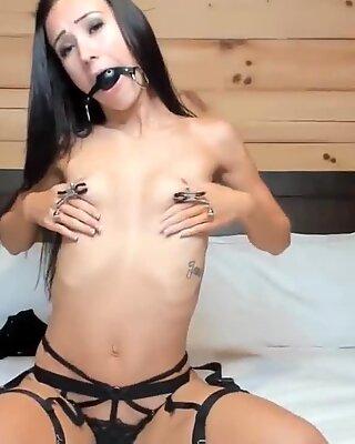 Skinny Babe Toys Her Holes