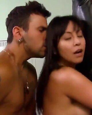 Кристин НГУЕН - Сексуальные воины