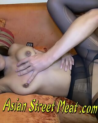 Bouncing boobies on burmese bambina