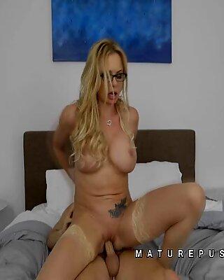 Briana Banks mature blonde deep fuck