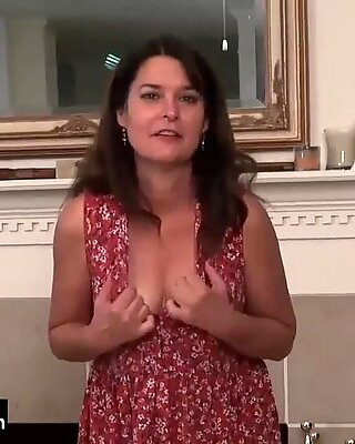 USAWIVES MATURE LORI LEANE SOLO Masturbare