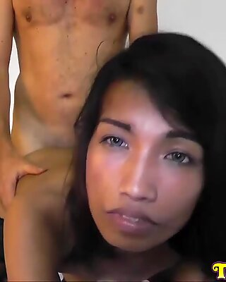 Thai gal with RADIANT EYES Banged by Sex TouristReport this video