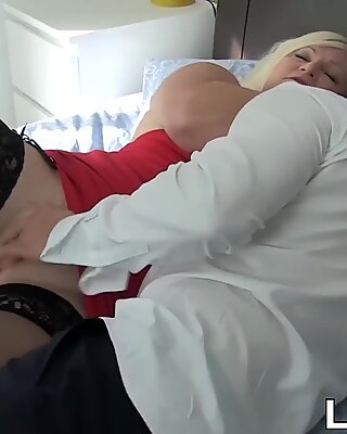 Lustful granny wears stockings for doggystyle banging