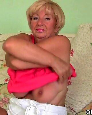 grannie Samantha's senior muff needs attention (compilation)