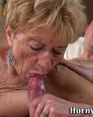 Морщинистые бабушки