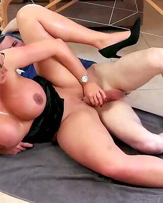 Japan blowjob suck Big Tit Step-Mom Gets a Massage - Emma Butt