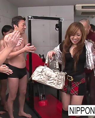 Real Cinese Studentes in un penetrare e succhiare Orgia