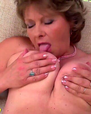 Vovós primeiro vídeo pornô sexy filmado
