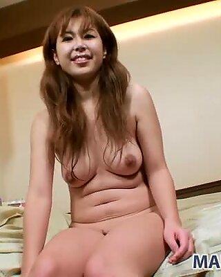 Dirty milf Yuriko Hiratsuka gets sexited in public sauna