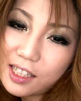Asiatico scopa fica con vibratore
