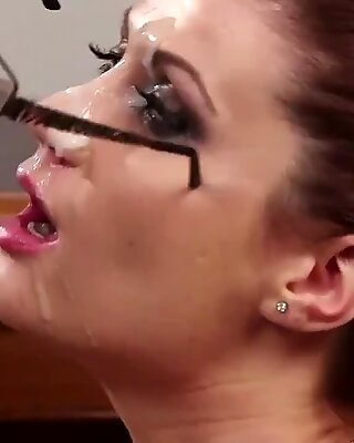Randy beauty gets sperm shot on her face sucking all the charge