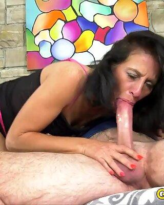 Older Mature Keli Richards Takes Hard Cock