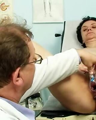Old Miriam doctor gyno speculum pussy checkup on gynoch