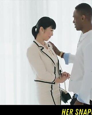 Japanese Journalist Vs Big Bbc HER SNAPCHAT - WETMAMI19 ADD